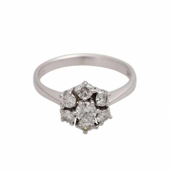 Ring-brilliant together approx 0.6 ct - photo 1