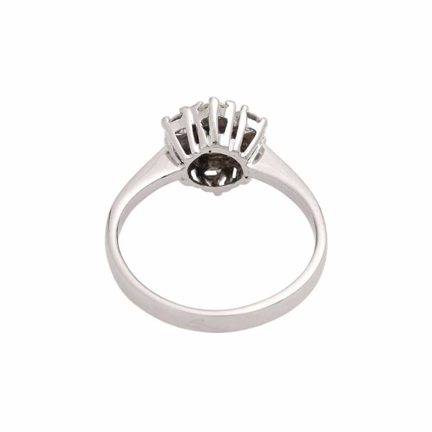 Ring-brilliant together approx 0.6 ct - photo 4