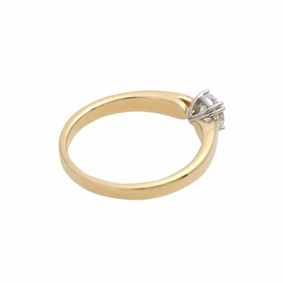 Solitaire ring with 1 diamond approx 0.6 ct - photo 3