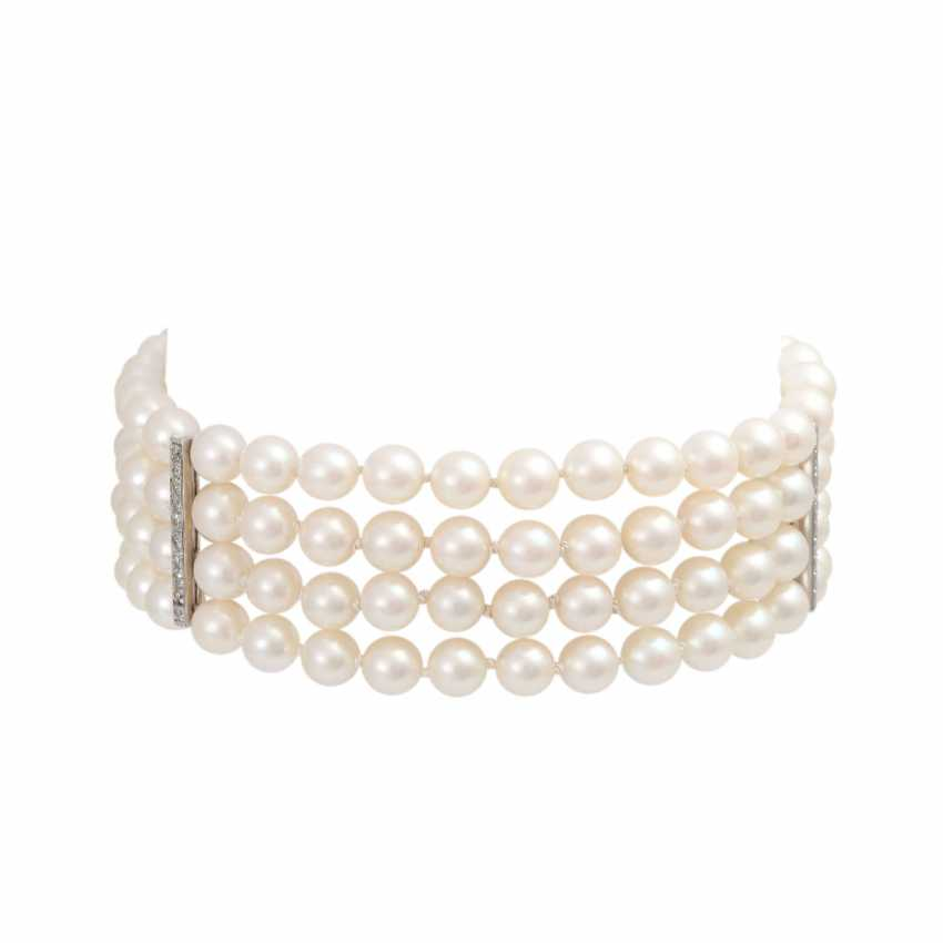Pearl bracelet 4-complete rows with diamond, together is approximately 0.7 ct, - photo 1
