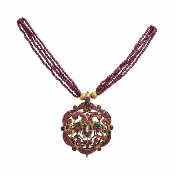 5-row necklace of Garnet beads with ornamental pendants - photo 1