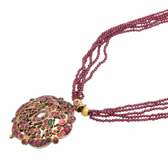 5-row necklace of Garnet beads with ornamental pendants - photo 4