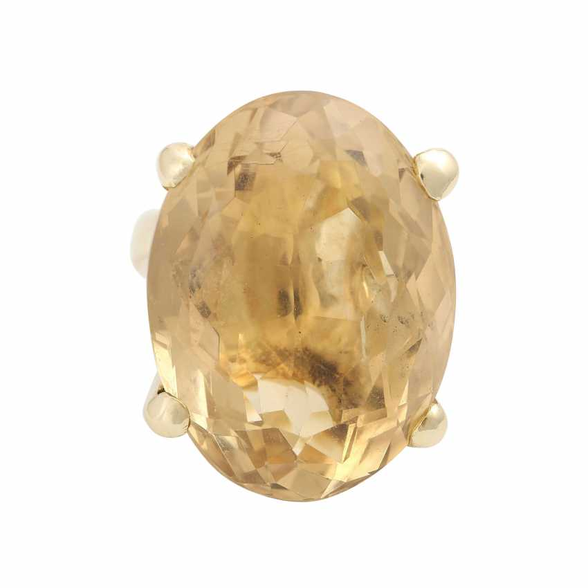 Ring with a large citrine, an oval fac. about 2,9x2,2 cm, - photo 1