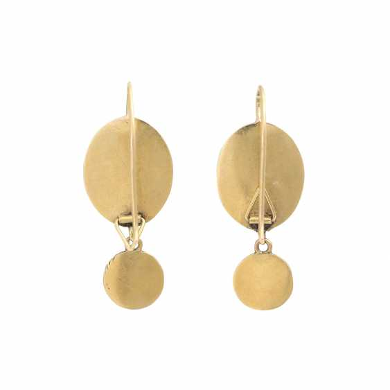 Earrings, of oval Form with round followers, - photo 4