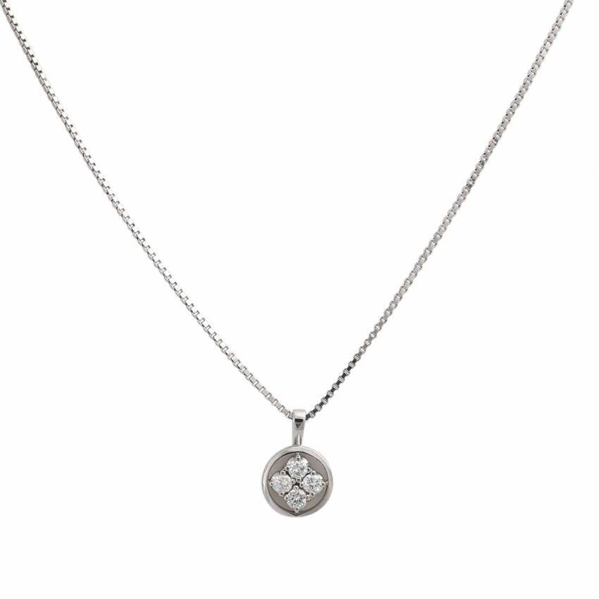 Chain and pendant with diamonds together approx 0.42 ct, - photo 2