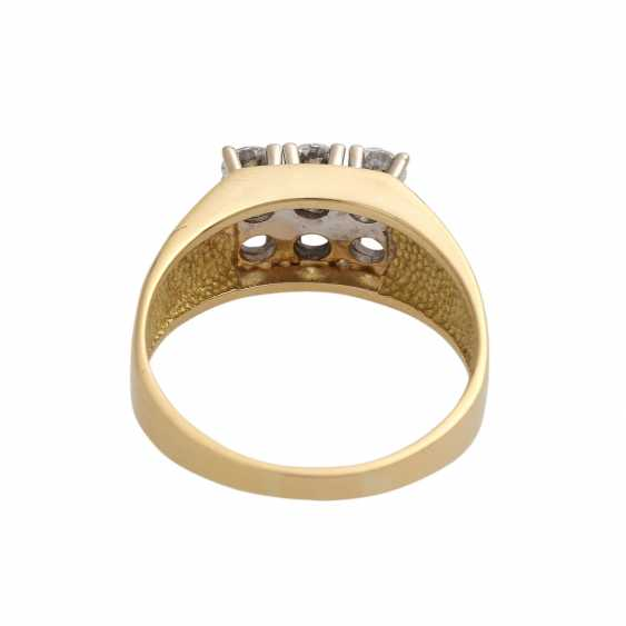 Ring with brilliant-cut diamonds, together approx 0,73 ct - photo 4