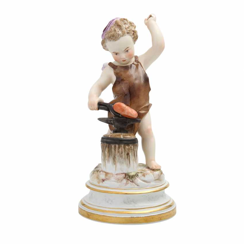 MEISSEN 'Cupid as a blacksmith', after 1860. - photo 1