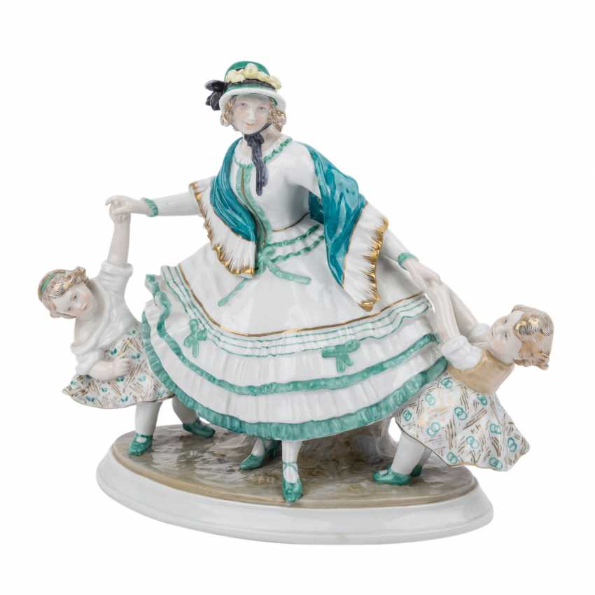 VOLKSTEDT KARL ENS figure group, of 20. Century - photo 1