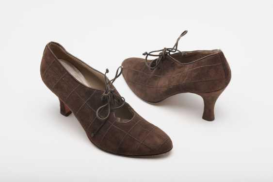 """Trotteur Shoes Model """"Perugia"""". Salvatore Ferragamo, Florence collection, Pret-à-Porter Winter of 1995/96 - photo 1"""