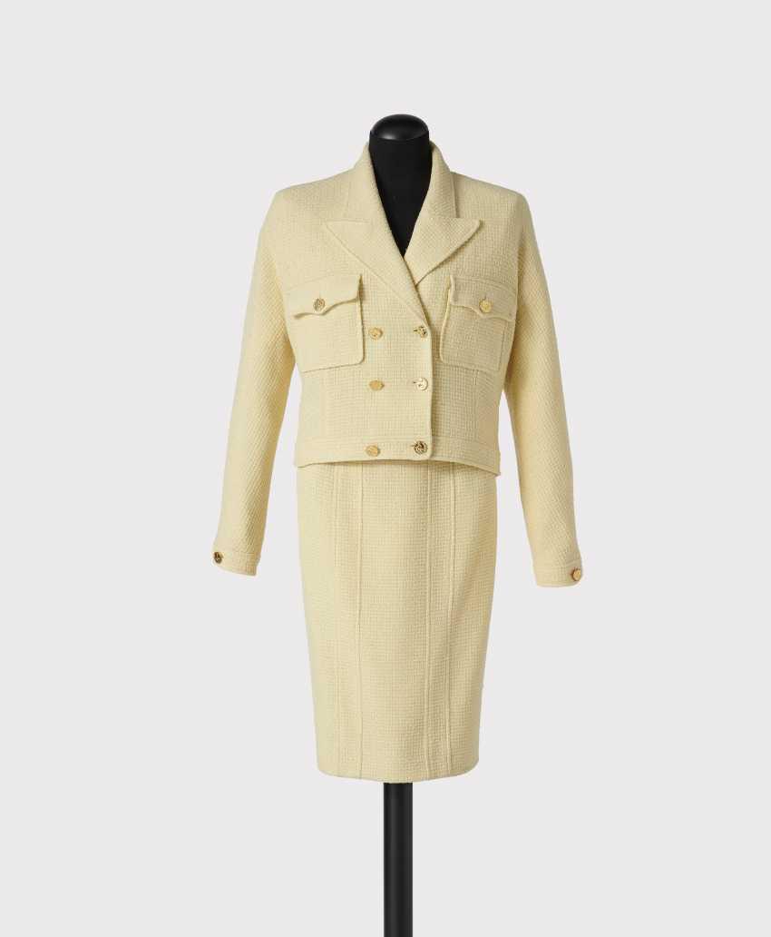 Kostüm, 2-teilig. Karl Lagerfeld für Chanel Boutique, Paris Prêt-à-Porter Kollektion Frühjahr Sommer 1988 - Foto 1