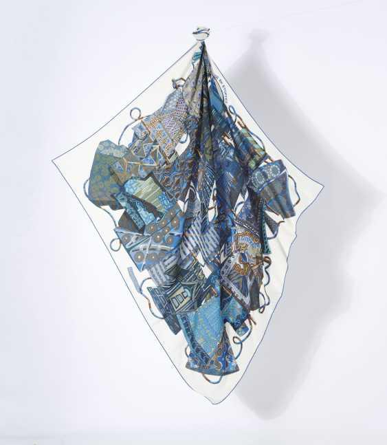 """Tuch Cheche """"Travel Fabrics"""". Hermes, Paris Entwurf Annie Faivre 2009. Ausführung 2009 - photo 2"""