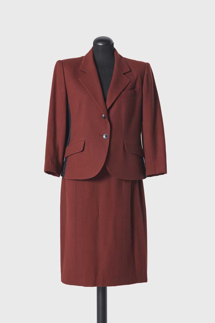 Redingote costume, 2-piece. Hermès, Paris, collection Pret-à-Porter, autumn-Winter 1990/91 - photo 1