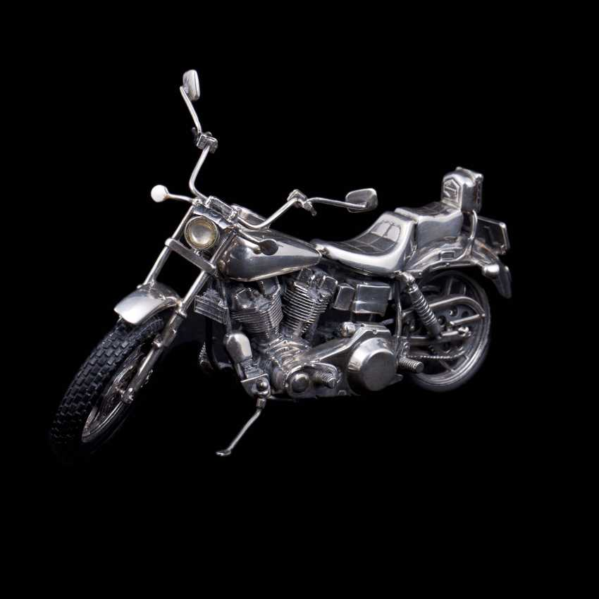 Silver motorcycle model - chopper. Medusa Ora - photo 1