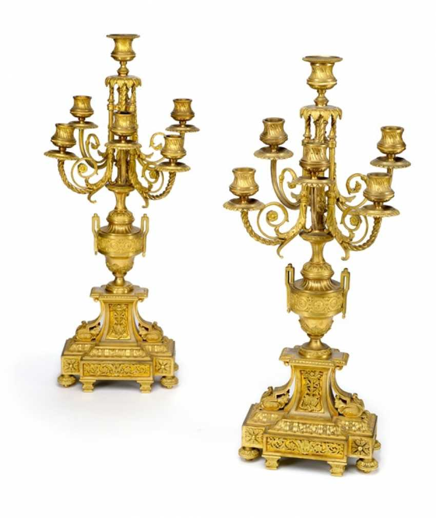 Magnificent mantel clock with two candelabra, France, Ref. E. Domange. Rollin, Paris, 2. Half of the 19th century. Century - photo 2