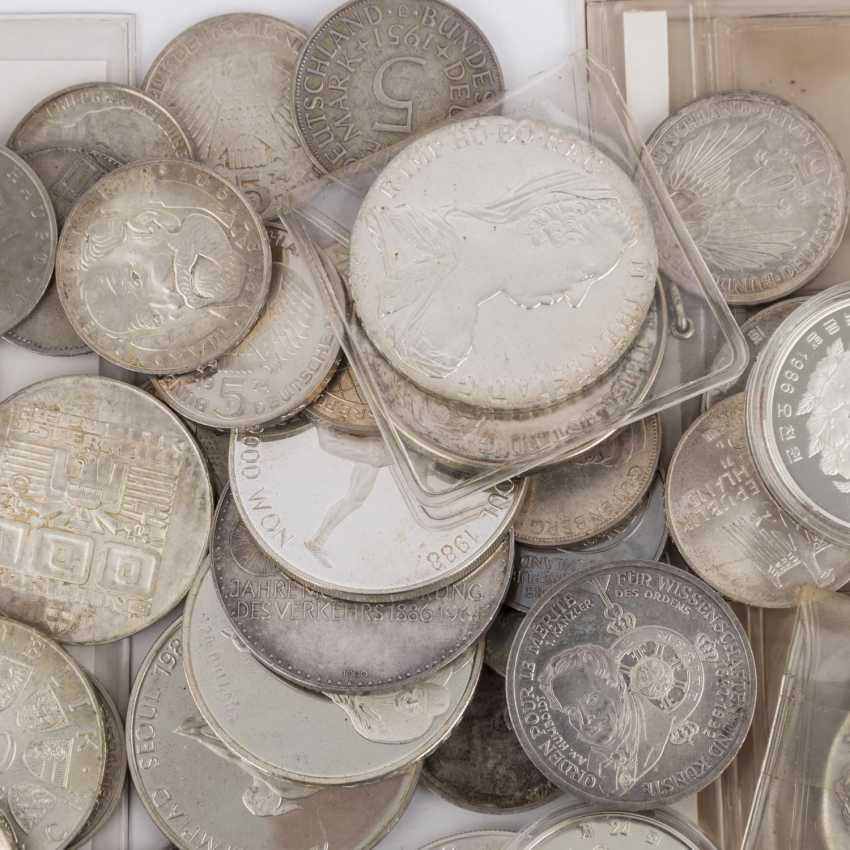 Eclectic collection of coins and medals with SILVER - photo 3