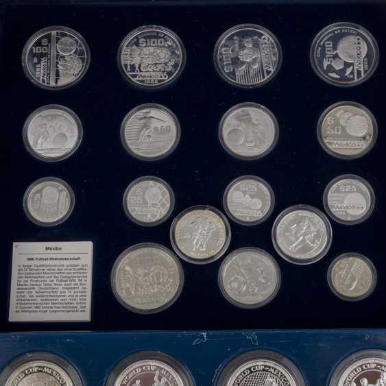 Commemorative coins for the football world Cup 1986 in Mexico with GOLD, - photo 3
