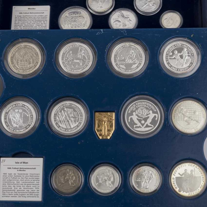 Commemorative coins for the football world Cup 1986 in Mexico with GOLD, - photo 5