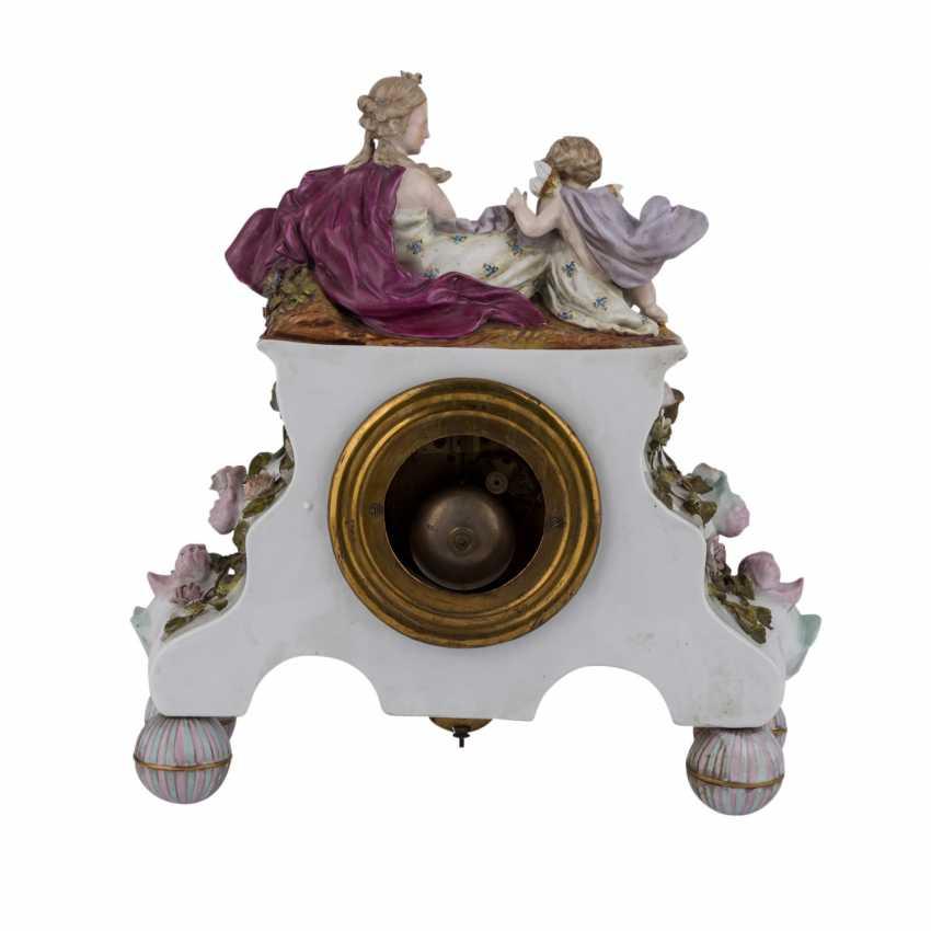 "GEBRÜDER VOIGT porcelain manufactory/Sitzendorf figurine pendulum clock ""allegory of poetry"", 1887-1900. - photo 4"