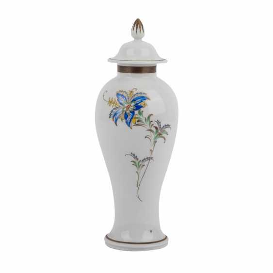 KPM Berlin lidded vase, 20. Century - photo 3