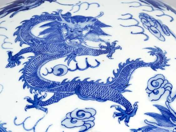 Chinese Porcelain round Box, painted, Qing Dynasty - photo 3