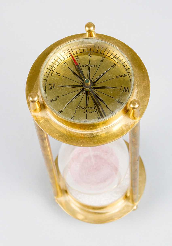 Песочные часы, с компасом, бронза, стекло, 20.века - фото 2