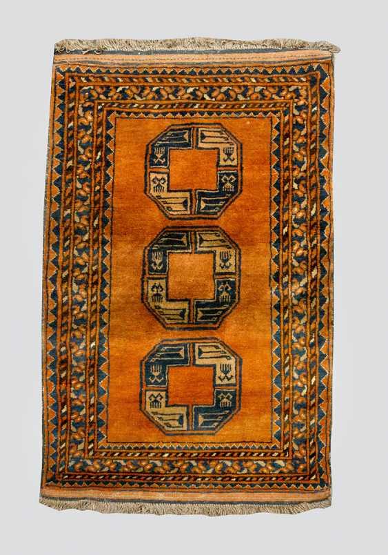 Oriental carpet, - photo 1