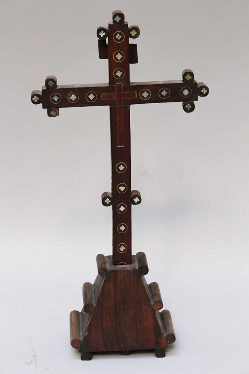 Jerusalem pilgrim cross, olive-wood with mother of pearl - photo 3