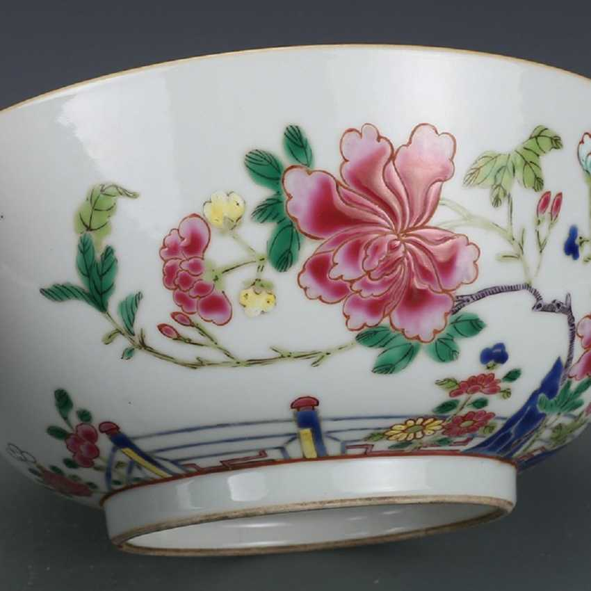 Qing Dynasty Pastel painting Peacock bowl - photo 4