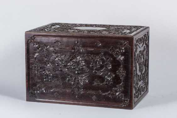 China 19th century Rosewood carving box - photo 1