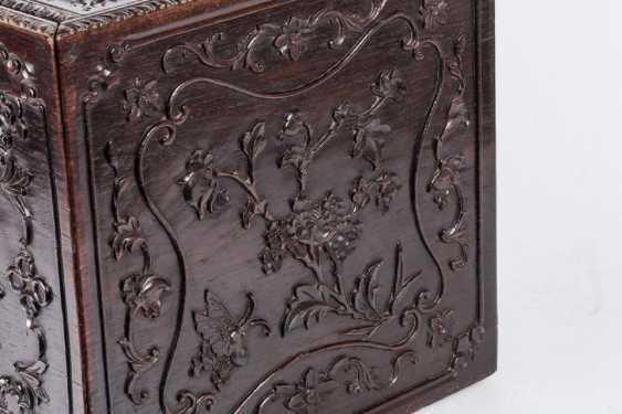 China 19th century Rosewood carving box - photo 3