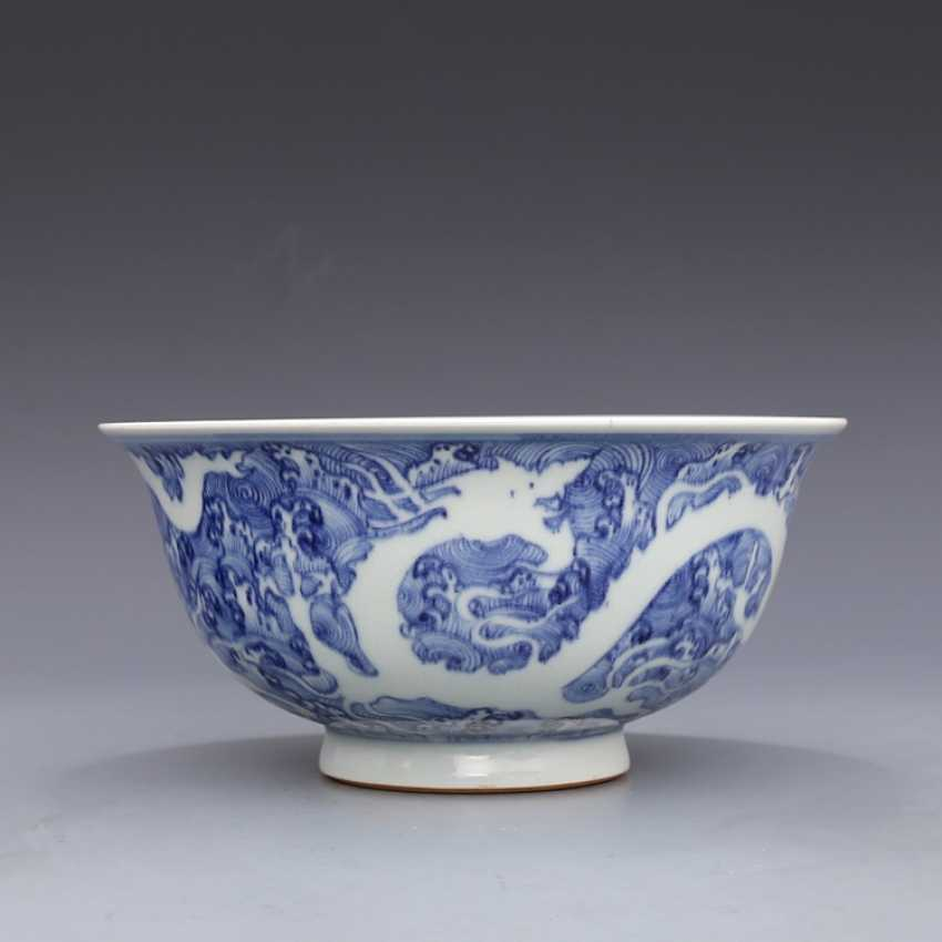 Ming Dynasty blue and white porcelain sea water double dragon bowl - photo 1