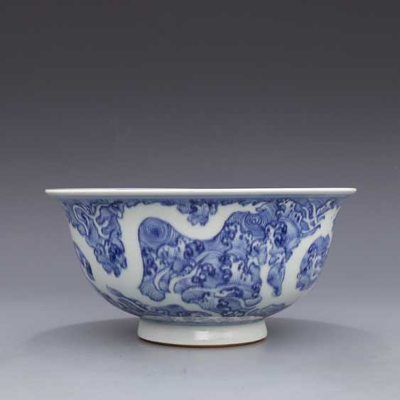 Ming Dynasty blue and white porcelain sea water double dragon bowl - photo 5