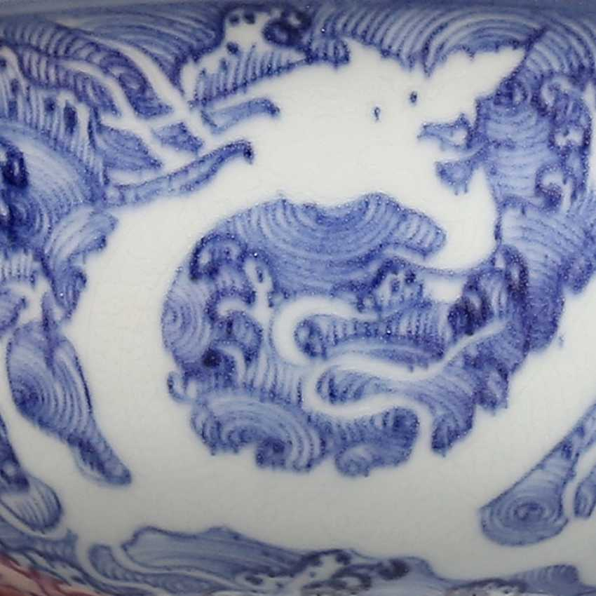 Ming Dynasty blue and white porcelain sea water double dragon bowl - photo 6
