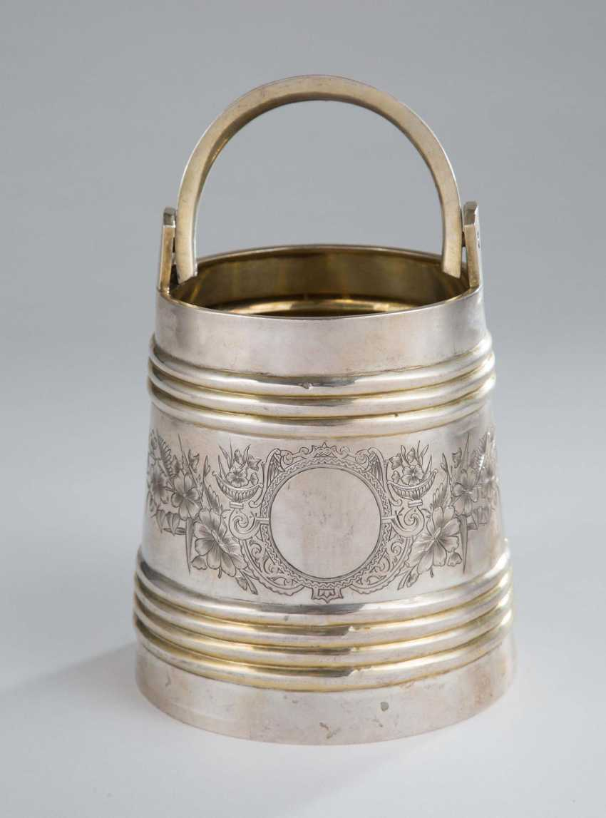 Bucket with strap handle, - photo 1