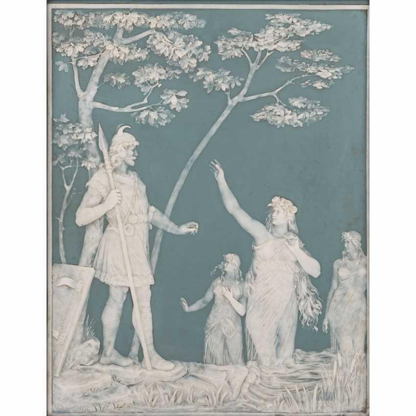 VILLEROY & BOCH/METTLACH Reliefplatte, um 1900. - Foto 1