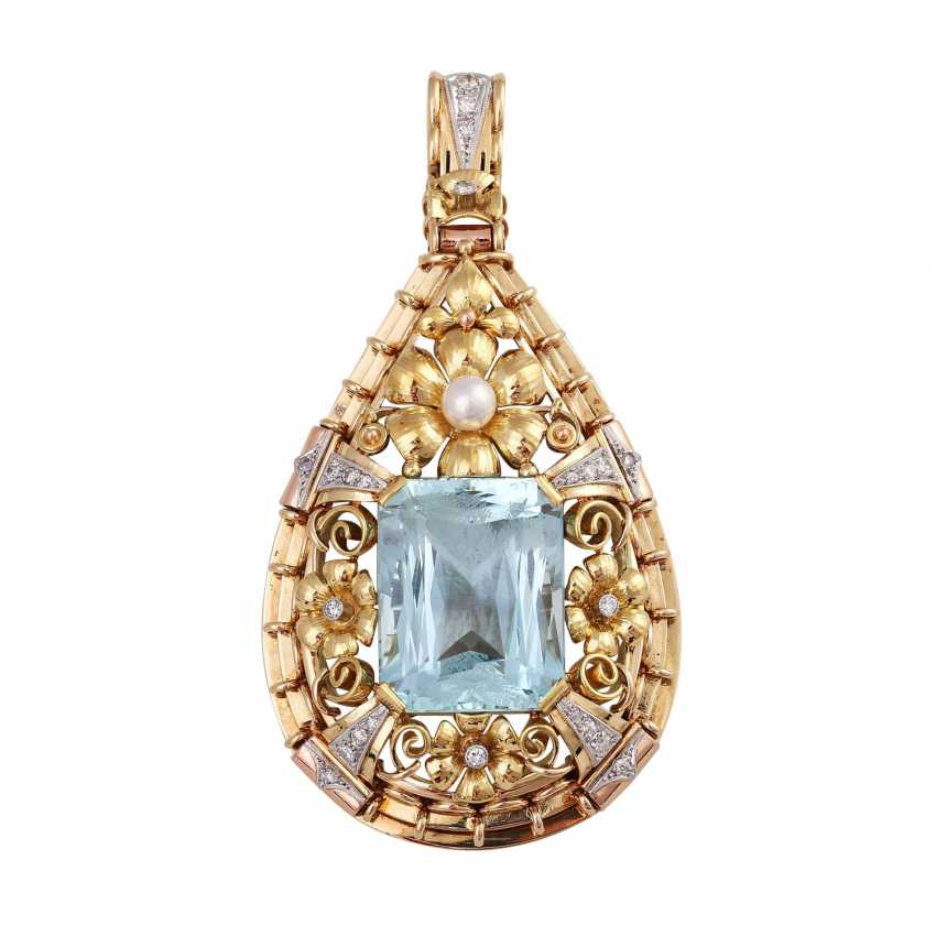 Pendant with aquamarine, approx. 33 ct., cultured pearl and diamonds - photo 1