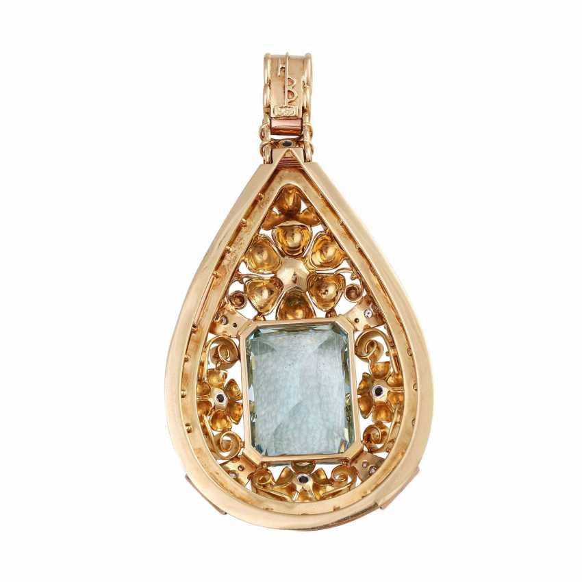Pendant with aquamarine, approx. 33 ct., cultured pearl and diamonds - photo 4