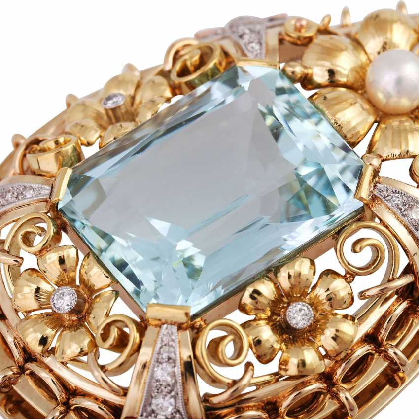 Pendant with aquamarine, approx. 33 ct., cultured pearl and diamonds - photo 6