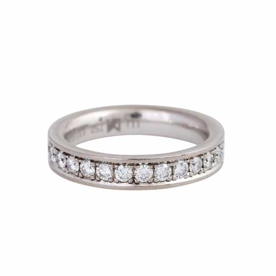 Memory ring with diamonds together approx 1,12 ct, - photo 2