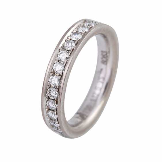 Memory ring with diamonds together approx 1,12 ct, - photo 4