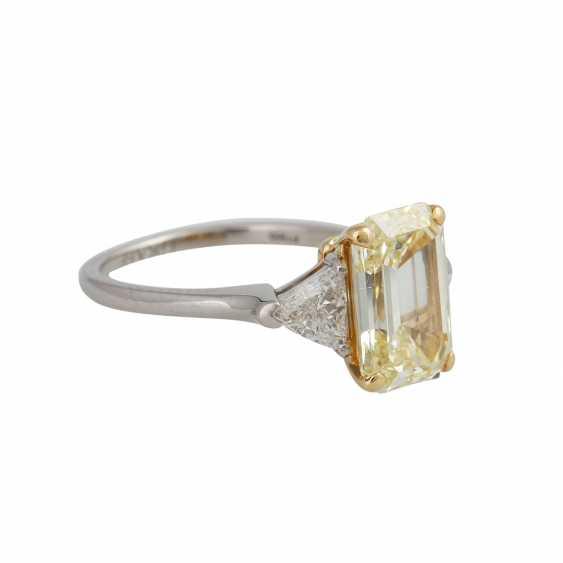 GRAFF Ring with yellow diamond 3,09 ct, - photo 2