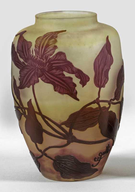 Gallé-ломонос ваза с декором - фото 1