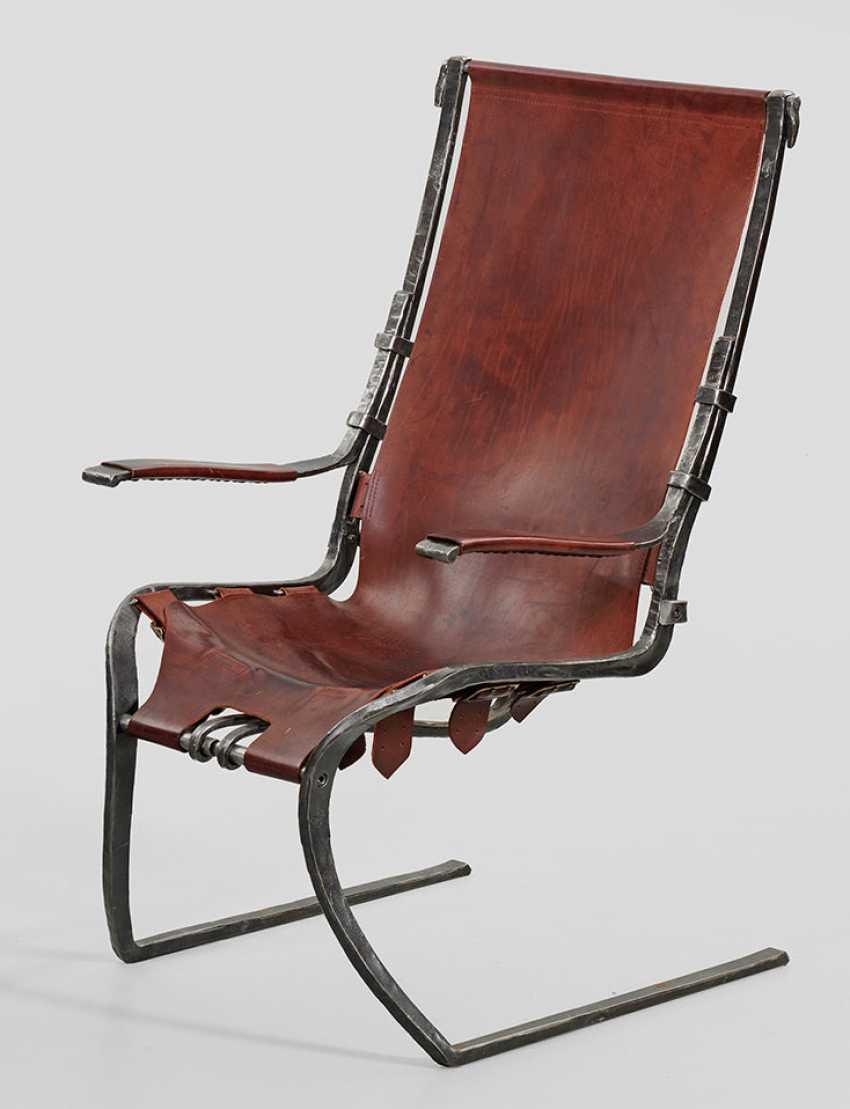 Подлокотниками кресло Акселя Knefeli - фото 1