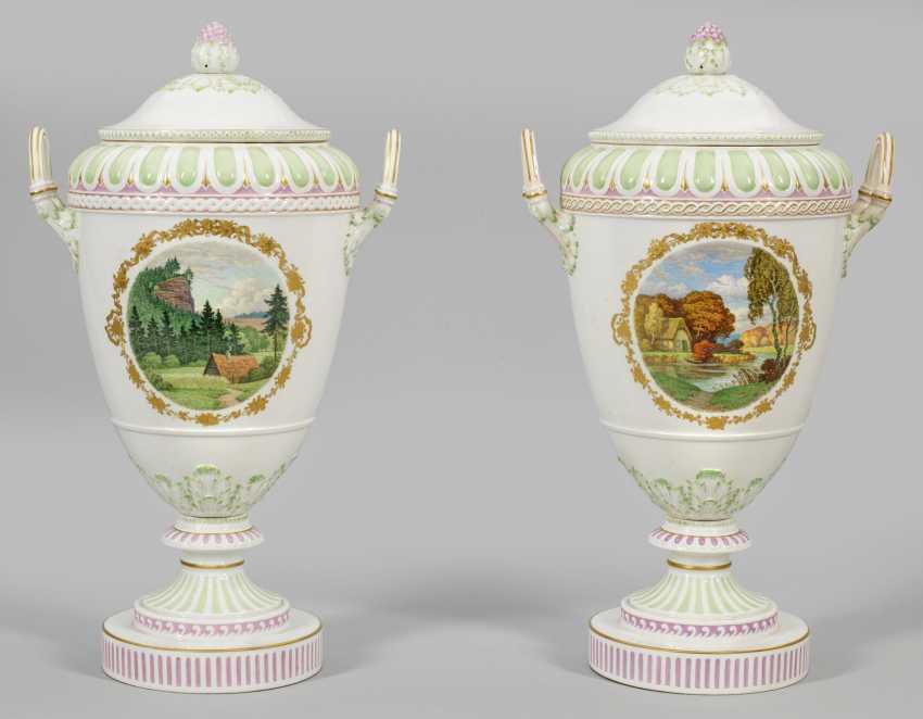 Пара больших zierdeckel вазы с пейзажами и цветами Декор - фото 1