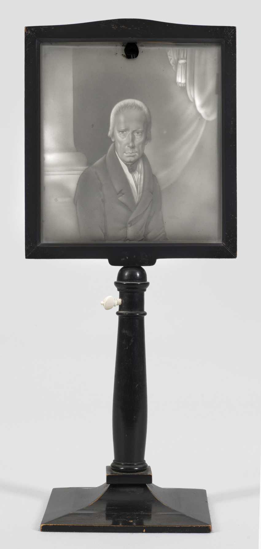 Бидермейер-световой экран с портретом императора Франца I. - фото 1