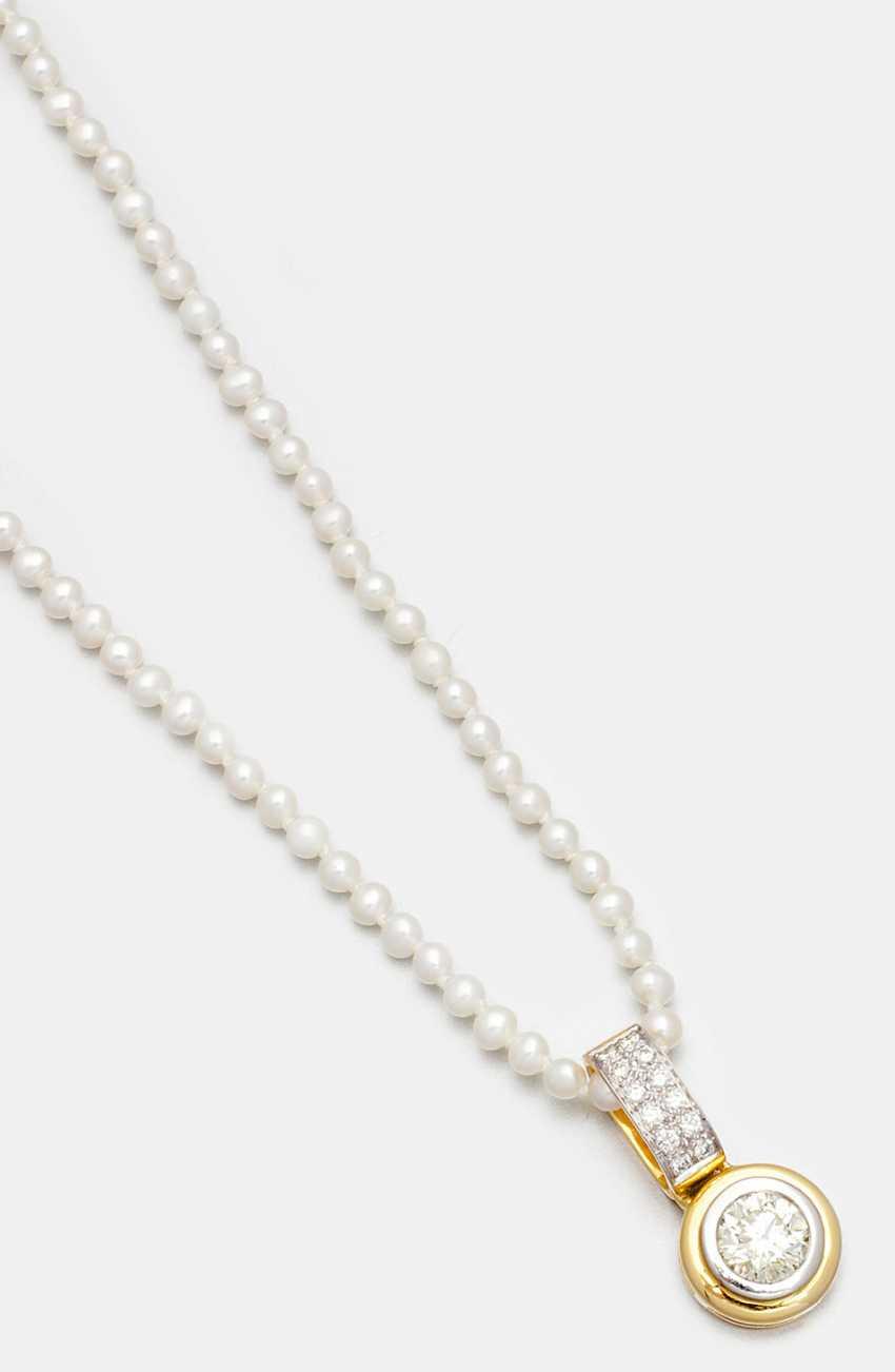 Алмаз пасьянс кулон с тонким жемчужное ожерелье - фото 1