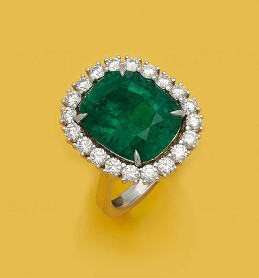 Роскошнее я-изумрудное кольцо в Minor-качество - фото 1