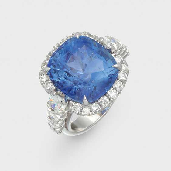 Великолепный драгоценный камень кольцо с большим Шри-Ланка сапфир - фото 1