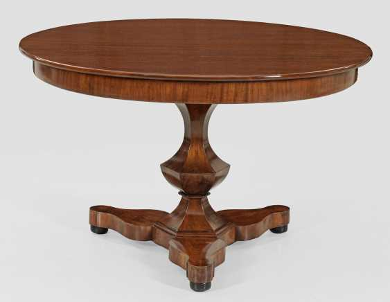 Biedermeier Extending Table - photo 1