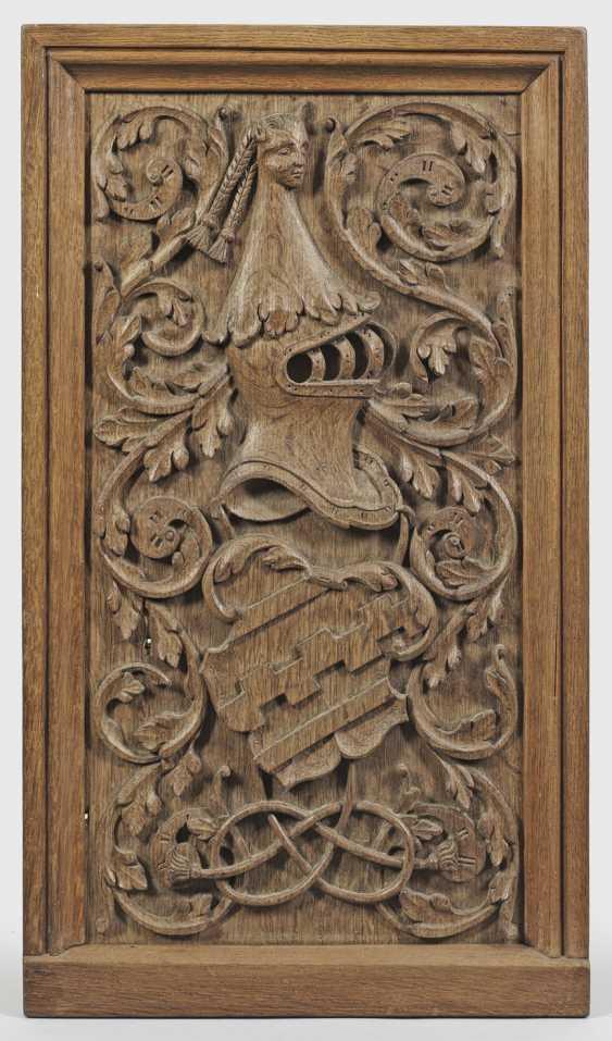 Ренессанс-рельефные панели с гербом Вестфальского - фото 1